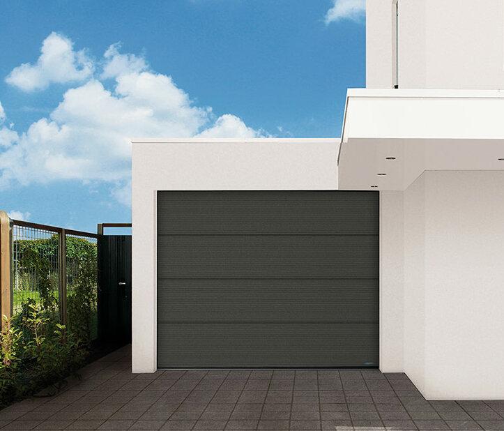 Garagen-Sektionaltor in satin grey